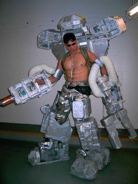 robot disfraz reciclado