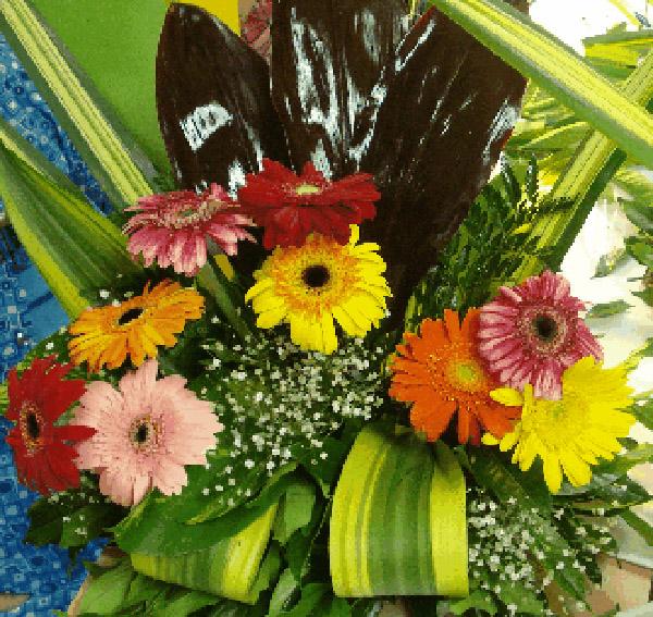composición con flores naturales