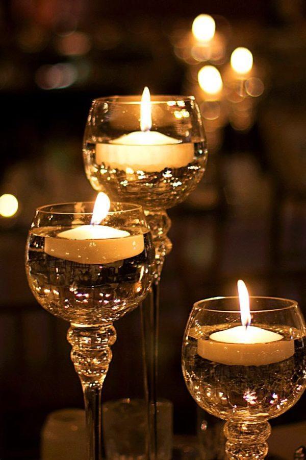 hacer-velas-decorativas-para-navidad-con-vasos