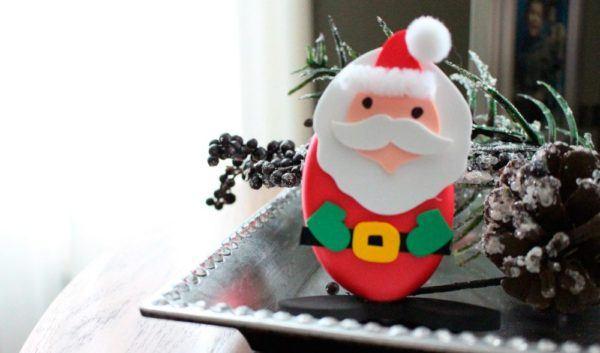 como-hacer-un-papa-noel-en-goma-eva-para-navidad-ovalado