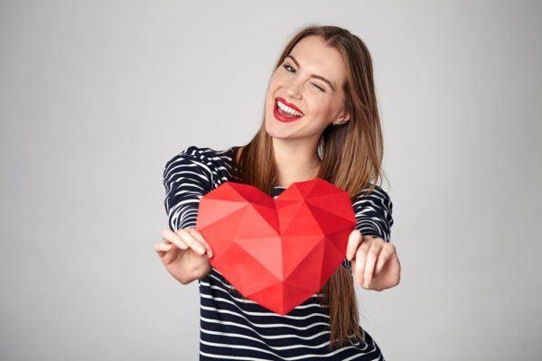 Como hacer un corazon de papel 3d finalizado