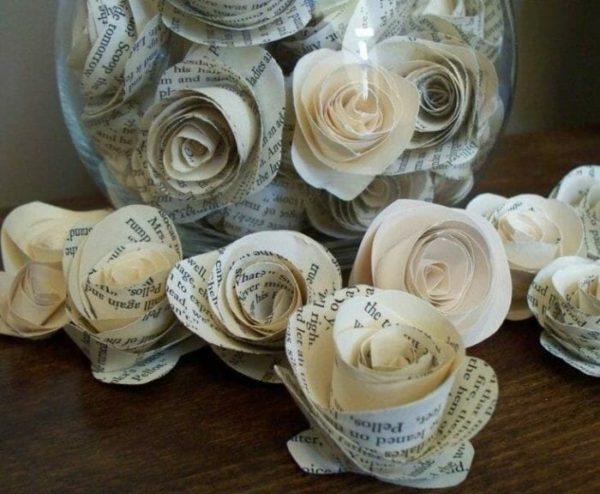 Ideas de manualidades con papel de periodico flor