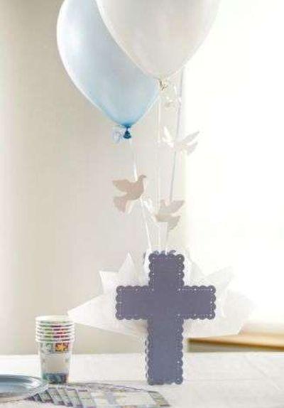 centros-de-mesa-para-comunion-globos-ellahoy