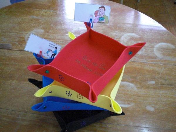 Manualidades para el Día del Padre 2021 con Goma Eva monedero con foto