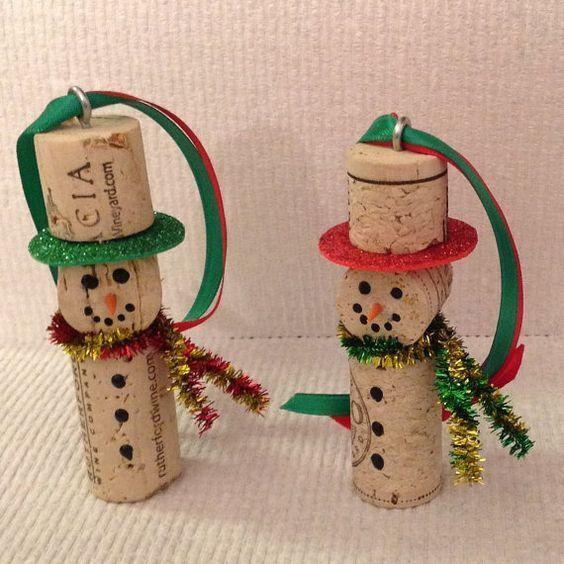 Adornos para el arbol de navidad corcho como muñeco de nieve