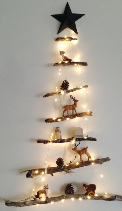 árbol de navidad con palos