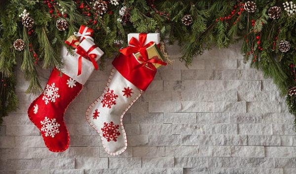 Adornos de navidad con fieltro manualidades faciles 2021 calcetines