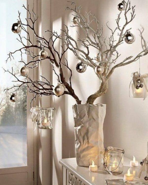 Como hacer arbol navidad ramas secas con bolas grandes