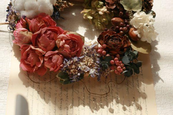 Ideas manualidades con rosas secas corona rosas