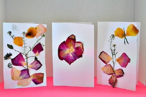 Ideas manualidades con rosas secas tarjeta infantil