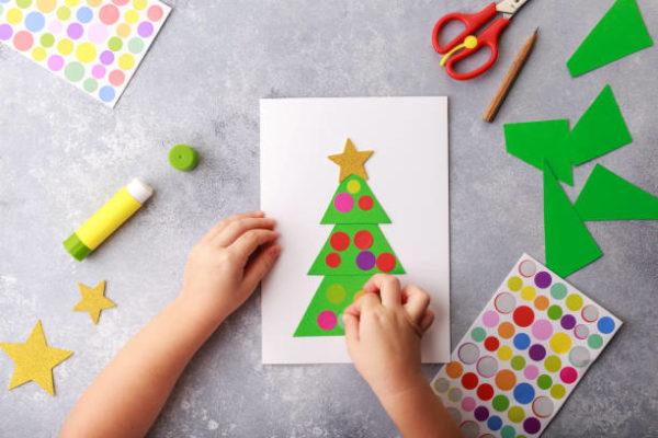 Manualidades para navidad 2020 faciles y para ninos postal navidad cartulina goma eva