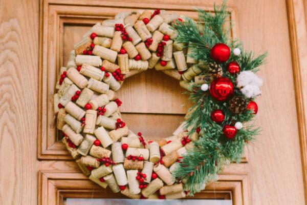 Mejores manualidades con corcho corona navidad