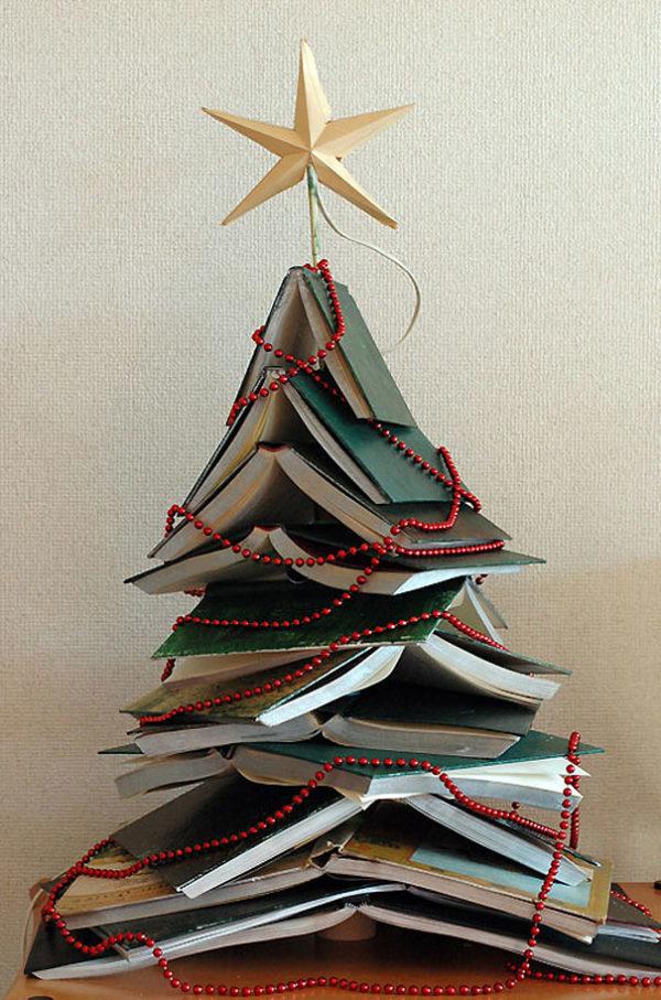 Arboles navidad reciclados libros