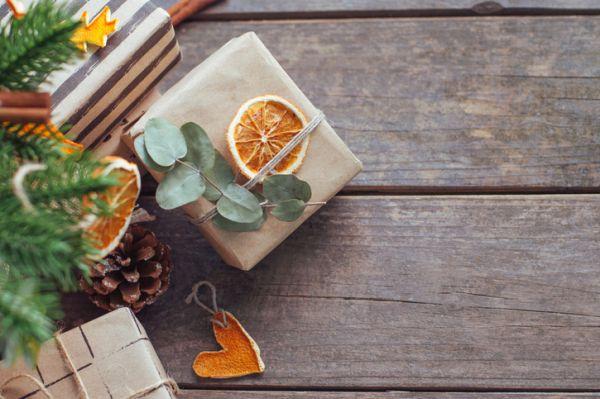 Manualidades para niños dia del arbol con naranja