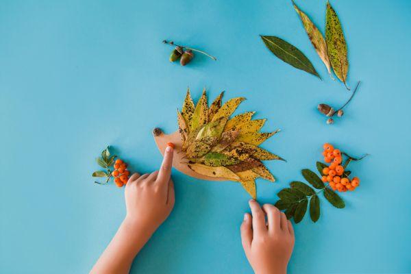 Manualidades para niños dia del arbol puercoespin de hojas