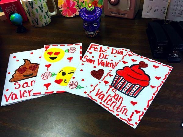 Postales de San Valentín con emojis