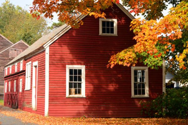 Ideas consejos para hacer fachada casa clásica rojo