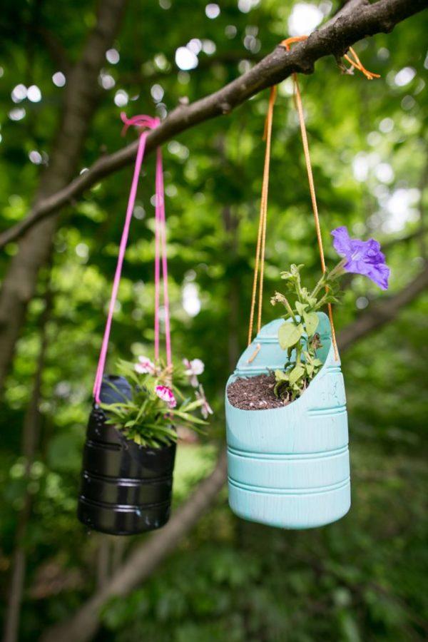 Ideas para hacer macetas con garrafas de agua planta colgante