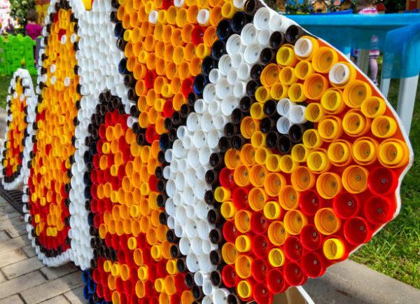Juguetes reciclados pez tapones