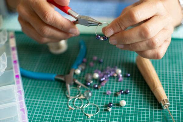 Las mejores ideas de manualidades para personas mayores joyas