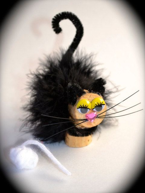 Ideas y consejos para hacer animales con corchos para niños gato peludo