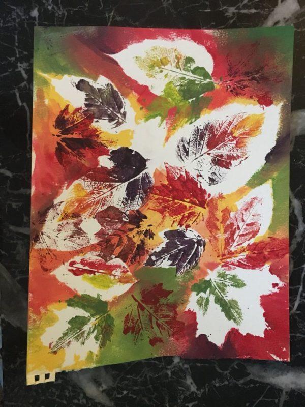 20 ideas para hacer manualidades con hojas secas de los árboles hojas colores