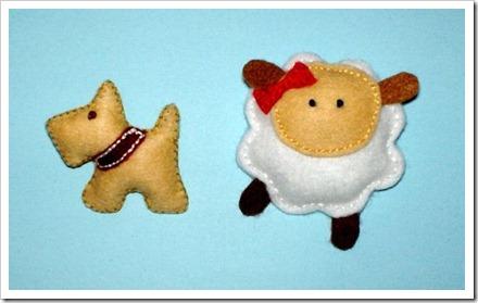 perro y oveja de fieltro