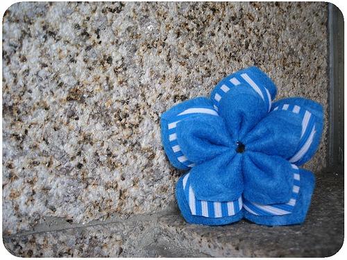 cómo hacer flores de tela - manualidades