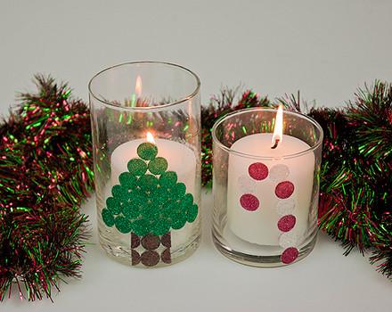Vela decorativa con adhesivos