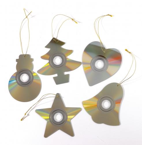 Decoraci n de navidad con materiales reciclados manualidades - Adornos para navidad para hacer en casa ...