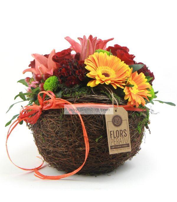 composición floral decorativa