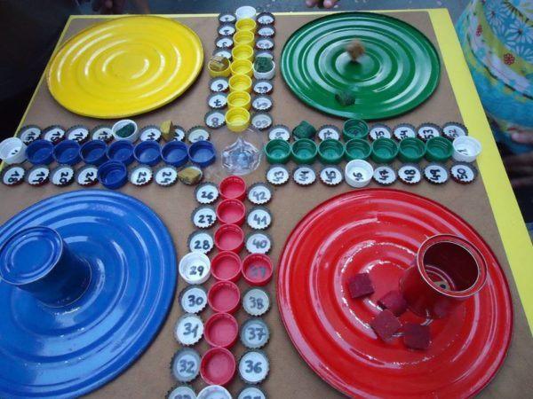 Manualidades de material reciclado manualidades for Cosas para casa originales