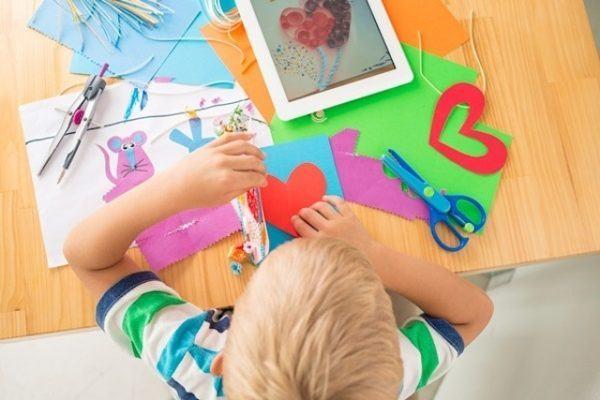 manualidades-con-niños-en-vacaciones