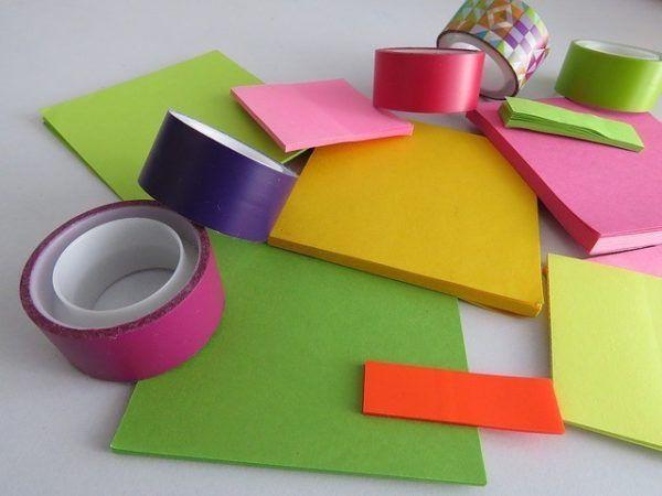material-para-manualidades-con-niños