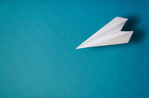 Como hacer origami avion