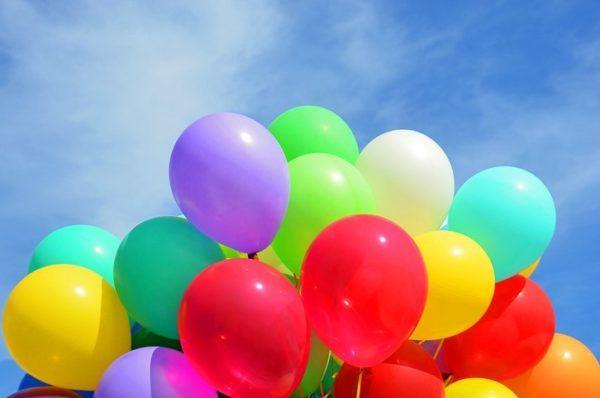 Cuántos globos se necesitan para un arco de globos