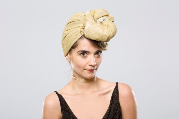 como-hacer-un--turbante-mujer-con-turbante-toalla