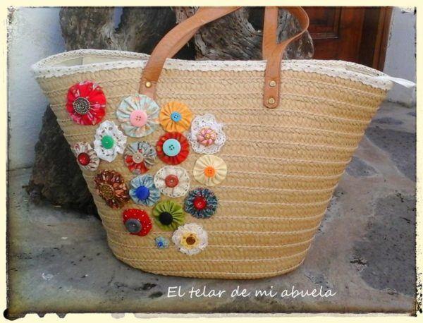 C mo decorar cestas de mimbre con materiales reciclados manualidades - Como forrar cestas de mimbre ...
