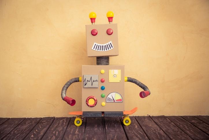 c mo hacer un robot reciclado paso a paso juguetes reciclados manualidades. Black Bedroom Furniture Sets. Home Design Ideas