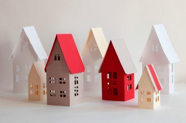 como-hacer-una-casa-de-carton-casas-colores-istock