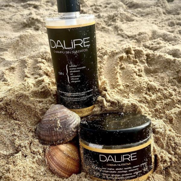 ¿Cuáles son las diferencias y las similitudes entre un champú sin sulfatos líquido y un champú sin sulfatos sólido? Playa
